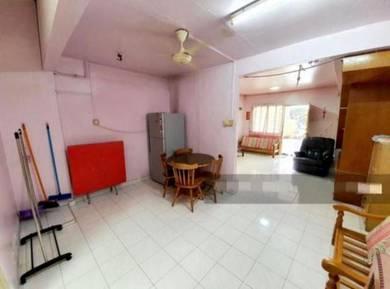 For sale : 2storey terrace house taman bangi indah