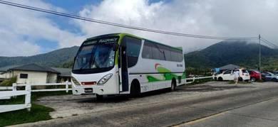 Van dan bas sewa di Sabah bersama pemandu