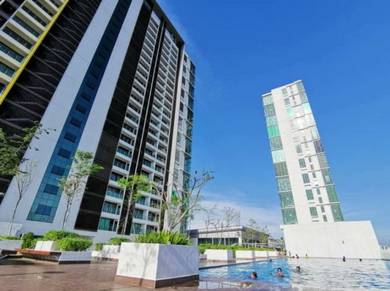 FULLY FURNISHED, EVO Mall, Duplex Suites Unit, Corner Lot Bangi