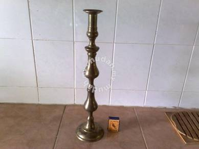 Antique bronze single candle stand lilin tembaga