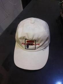 Topi filA putih