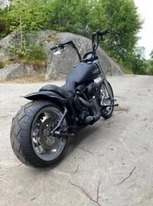 Harley-Davidson FXSTB / I Softail Night Train
