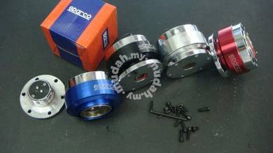 Sparco momo steering quick release -
