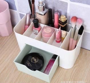 New cosmetic storage box