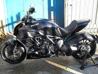 Ducati Diavel Like New