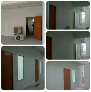 Gypsum Partition & Tempered Glass 1056P