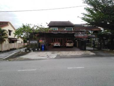 {EXTRA SPACE} Endlot House, Seksyen 8 Shah Alam, with Alarm System