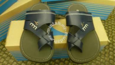 Sandal Budak DIADORA size 1UK