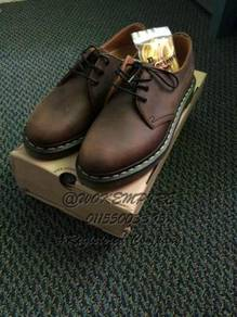 Dr Martens 3 Eye Dark Horse