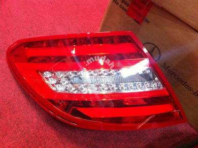 Mercedes C Class W204 facelift OEM tail lamp SET