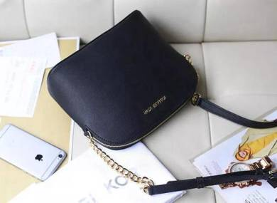 M K Trendy Handbag Shell Sling Bag