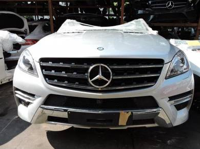Mercedes ML Class W166 Engine Gearbox Body Parts