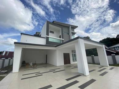 Brand new Freehold!Luxury Double Sty Bungalow Bukit Senjuang Town Area