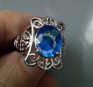 ABRWG-B012 Nice White Gold Filled Blue CZ Ring Sz8