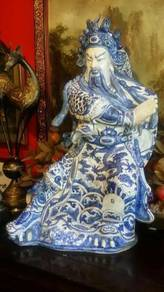 Chinese antique porcelain guan gong H.painted SLG