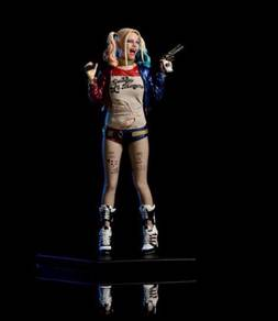 Suicide Squad Harley Quinn DC Statue 1/10