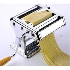 Pasta / noodle maker 12