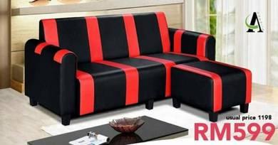 Iowa red & black leather sofa