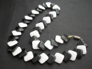N123 Vintage Necklace