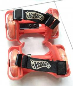 Hot wheels adjustable skates shoes