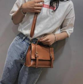 Retro Double Belt Portable Bag BLSE 31089