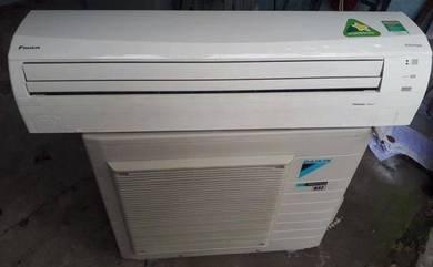 Air conditioner daikin inverter 2.0 hp