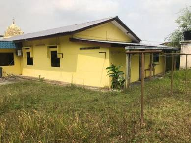 Single storey Banglow For Sale