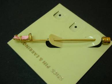 Pn032 vintage pink stick pin new old stock