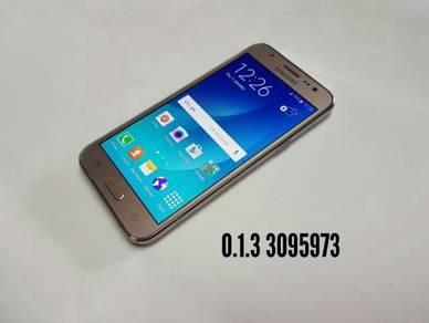 Samsung- J5 -