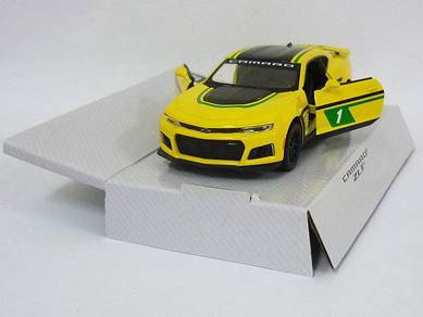 2017 Chevrolet Camaro ZL1 yellow (decal version)