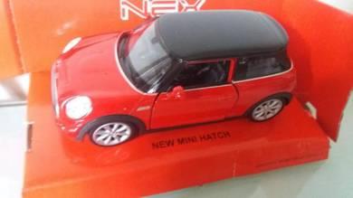 New mini hatch