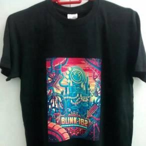 Blink 182 band tshirt