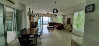 Platino Luxury Condominium Sea View Gelugor E Gate