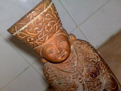 Oriental wooden statue figurine kayu