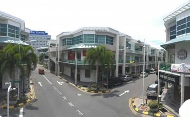 Metro Town | Retail lot