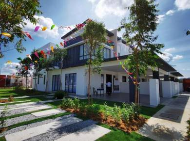 Clover Resort Residence Luxury Double Storey FREEHOLD