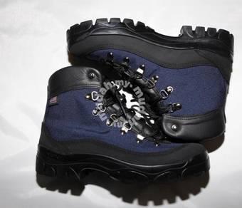 Danner Rim Light 6 waterproof hiking shoes