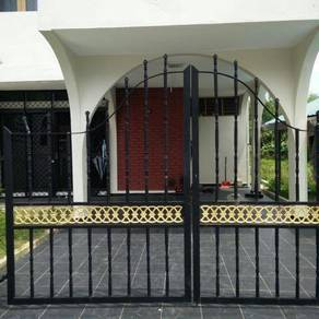 RUMAH TERES DI Taman teratai, Jalan Sultan Omar