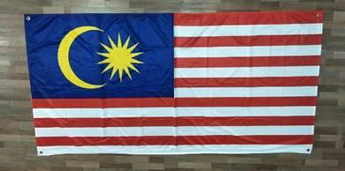 Bendera Malaysia dengan Grommet / Eyelet