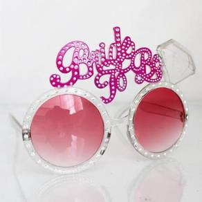 Bride to be spectacles
