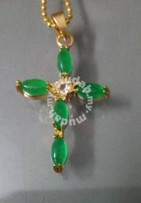 ABPGM-C004 Green Jade Cross Gold Pendant Necklace