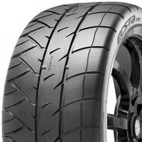 Kumho 225 40 18 V720 Extreme Performance Tyre