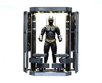 Batman Armory Dark Knight 1:6 Collectible Figure