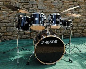 Sonor Force 1005 Drum Kit with Cymbals and Hardwar