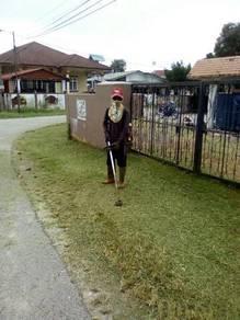 Potong Rumput Cuci Kawasan Meracun