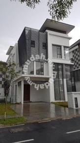 BELOW MARKET 2.5 Storey Banglo Residence 33 Kota Kemuning Shah Alam