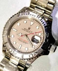 Jam old school Yacht Master sparkling dial watch