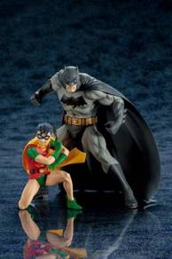 Justice League Batman Robin Artfx+ Kotobukiya