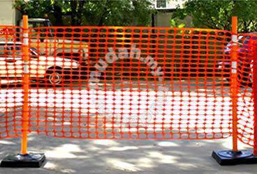 Safety Netting Mesh Fencing Barriers (Orange)