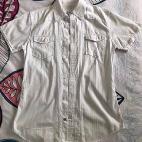 Guess short sleeve shirt